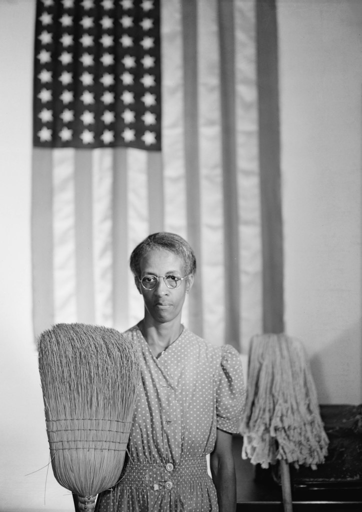 American Gothic, Washington D.C., 1942 - Gordon Parks